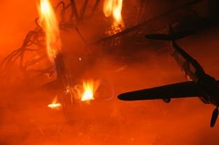 Flammenschlachten... Absturz (1)